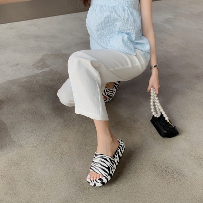 Fashion Casual Thick-soled Sandals NSHU56590