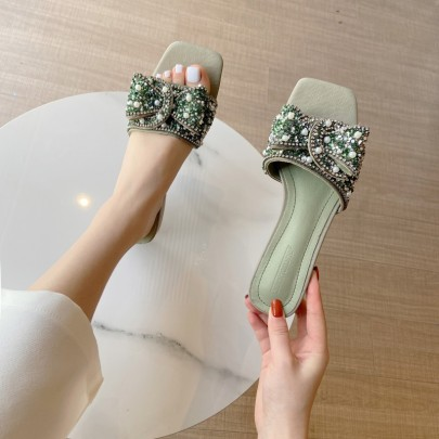 Fashion Pearl Bow Open-toed Flat Slippers NSHU56596