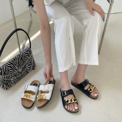 Chain Thick-soled Open-toed Belt Buckle Sandals NSHU56614