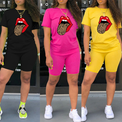 Popular Leopard Print Tongue Big Mouth Print Round Neck T-shirt Shorts Two-piece Set NSYAY57084