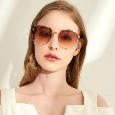 Elegant Round Solar Radiation Powerful Face New Black Frame Retro Glasses NSXU57266