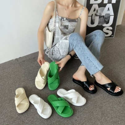 Soft Leather Open-toed Cross-strap Flat Sandals NSHU62773