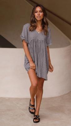Summer New V-neck Short-sleeved Plaid Loose Dress NSYD63315