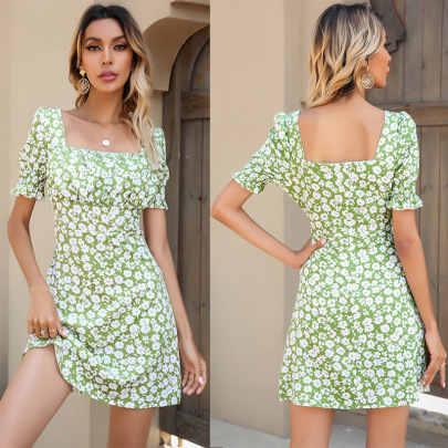 Summer New Short-sleeved Chiffon Floral Square Neck Pleated Slim Dress NSYYF61490